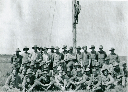 moverons-june-1917-w-oz-maj-drake-brockner-photo-taken-by-brit-lt-moon