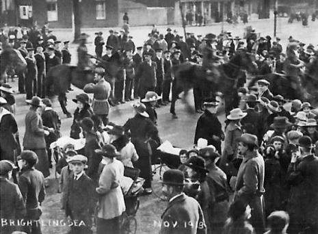 victoria-place-nov-1918